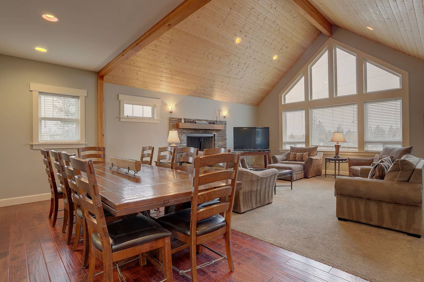 Bend Airbnb Ski Mt Bachelor Five Peaks House