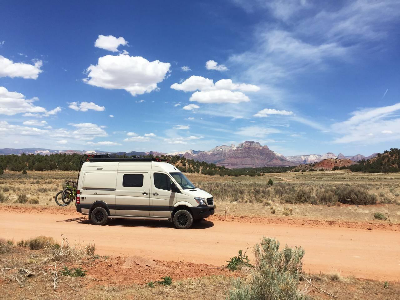 airbnb-bend-oregon-camper-van