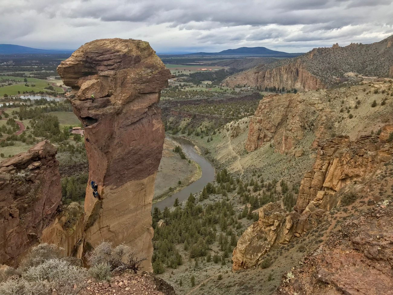 Bend Rock Climbing at Smith Rocks